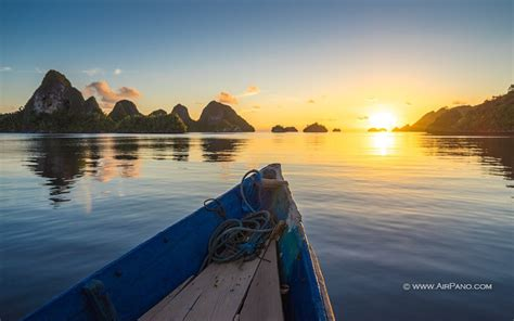 wayag island raja ampat indonesia