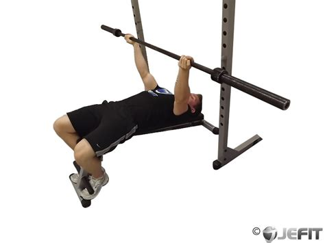 barbell reverse grip decline bench press exercise
