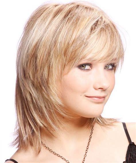 brunette shag hairstyle 25 best medium brunette hair ideas on pinterest medium