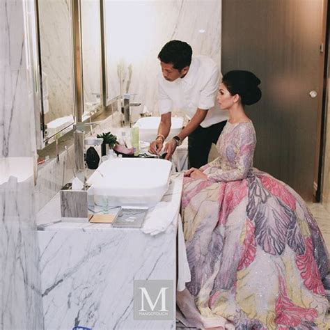 Baju Nikah Anzalna gaun pengantin anzalna dipuji netizen persis doll tempatan hiburan trending cari