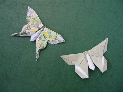 Lafosse Origami - mudarri moth and a butterfly for sok song michael
