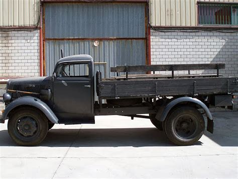 opel truck 1940 army vehicle google search achtung haullen