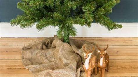 self adjusting christmas tree stands pied de sapin de noel sapins de noel naturel comment mettre sur croix fabriquer un