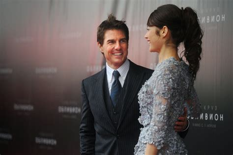 tom cruise hair oblivion tom cruise and co star olga kurylenko on top form at