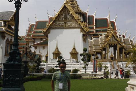 Apple Dress Bangkok travelthursday wats shopping in bangkok