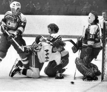 gratoony the loony the unpredictable of gilles gratton books ottawa nationals goaltending history gilles gratton