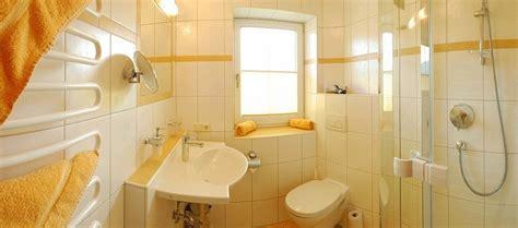 sonnenblume badezimmer ferienwohnungen wilder kaiser