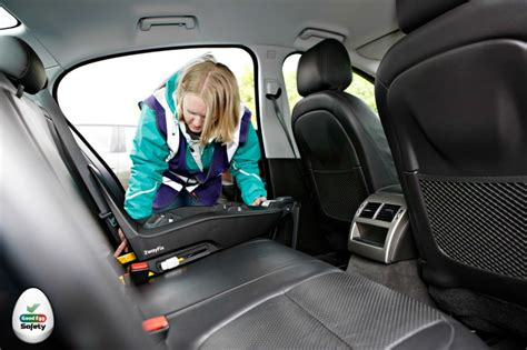 fitting a baby car seat how to fit an isofix car seat egg car safety