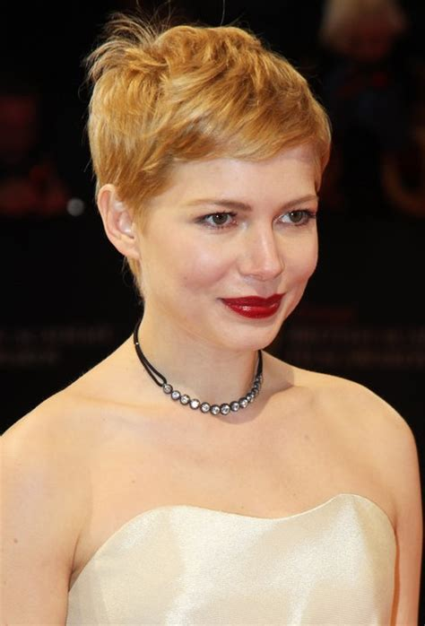 short hairstyles for womenwith a calf lick michelle williams pixie with cowlick hairstyles weekly