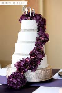 purple bling wedding cake photography by mcgranahan the studio