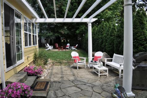 Flagstone Patio With Pergola by Flagstone Patio And Pergola Flagstone Patio