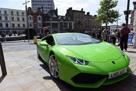 Lamborghini Car Uk Lamborghini Huracan Is Uk S Supercar Taxi