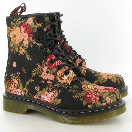 dr fiori dr martens canvas 1460 flower print boots in black floral