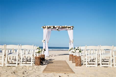 Moffat Beach Wedding   Caloundra Venues