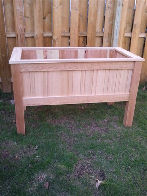 Elevated Planter Box by Raised Planter Box By Mikerocwood Lumberjocks