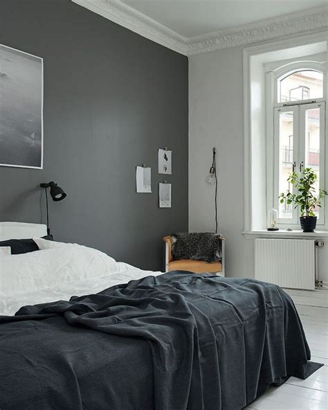 black bedroom walls 25 best ideas about dark bedroom walls on pinterest