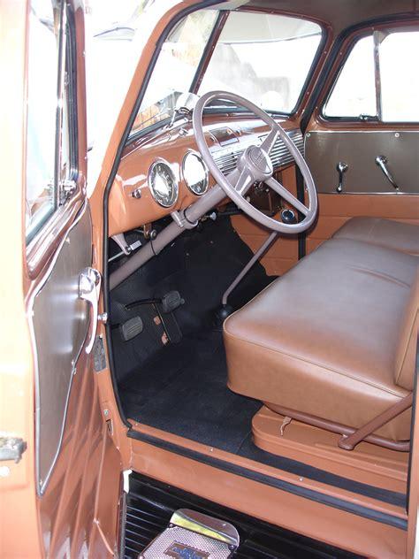chevrolet suburban carryall panel truck