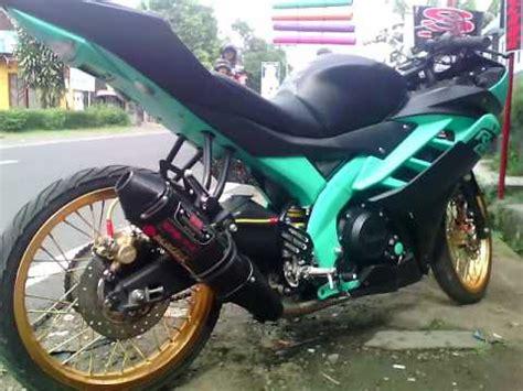 Knalpot Racing R15 Akrapovic Layang 1 wow modifikasi yamaha r15 indonesia keren abis yamaha r15 modifikasi knalpot