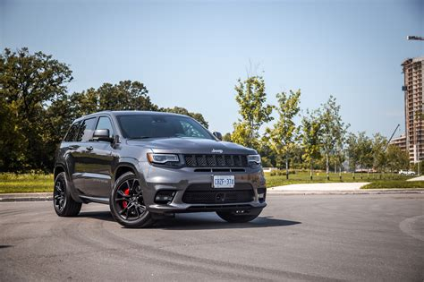 jeep canada 2017 review 2017 jeep grand cherokee srt canadian auto review
