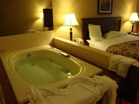 Hotel With Tub In Room by Grand Oaks Hotel Indoor Pool Picture Of Grand Oaks Hotel