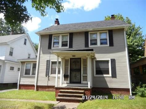 houses for sale cleveland 2644 s taylor rd cleveland heights oh 44118 foreclosed home information