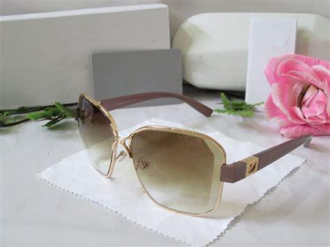 Best Quality Kacamata Fashion Wanita Sunglasses 454 fashion sunglasses kacamata fashion wanita black quality box