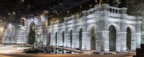 design lab uae edoardo tresoldi sculpts wire mesh architectural tableau