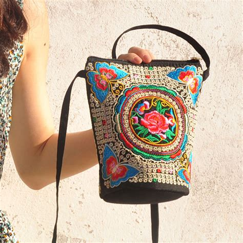 Embroidered Crossbody Bag embroidered national style crossbody bag alexnld