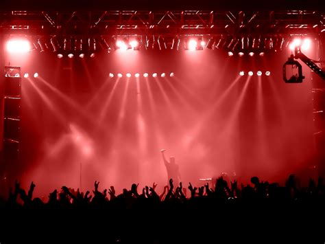 Here's How to Save Big Money on Summer Concert Tickets