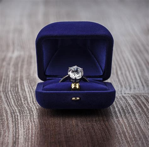 Pictures Of Engagement Rings In The Box by Wedding Ring Boxes 17 Gorgeous Designs You Ll Cherish