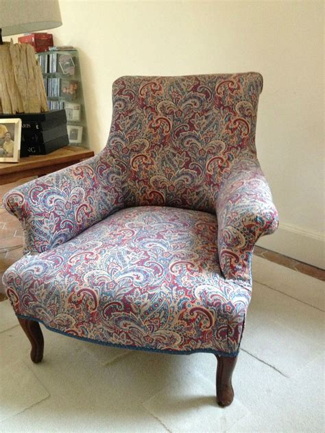 fauteuil anglais tissu fauteuil anglais avant transformation photo de fauteuils les patines de pascale