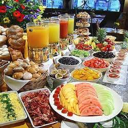 Table Buffet Menu 25 Best Ideas About Breakfast Buffet Table On