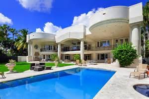 Lavish Retreat From Reality! La Casa Grande on the Bay In Ft ... Rides