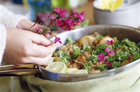 ricette con i fiori come fare a cucinare i fiori risorseinrete net