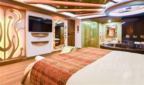 habitacion suite con jacuzzi habitaci 243 n suite con jacuzzi del love hotel vp vintage