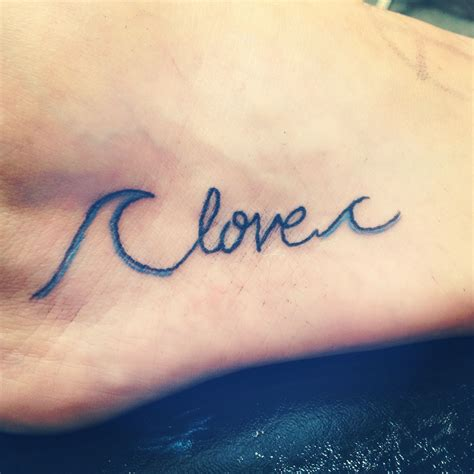 learn tattoo my new foot quot you can t stop the waves but you can