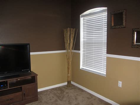 light chocolate brown paint dark brown and tan walls behr melted chocolate and