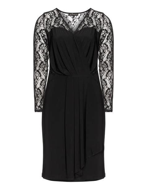 Kleider In Größe 48 3254 by Kleid Mit Spitze Yoek In Schwarz Kaufen Navabi