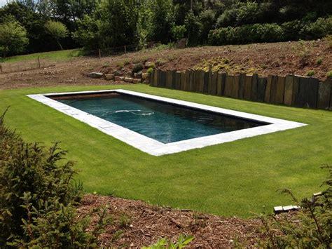 rideau exterieur 1746 piscine de 10 m x 4 m avec liner granit 233 noir et volet