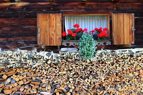 Holz Vor Der Hütte Bilder by Viel Holz Vor Der H 252 Tte Foto Bild Deutschland Europe