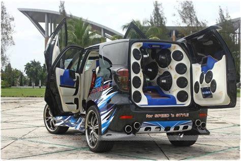 Spion Mobil Avanza Tipe G gambar foto modifikasi mobil toyota carstren toyota