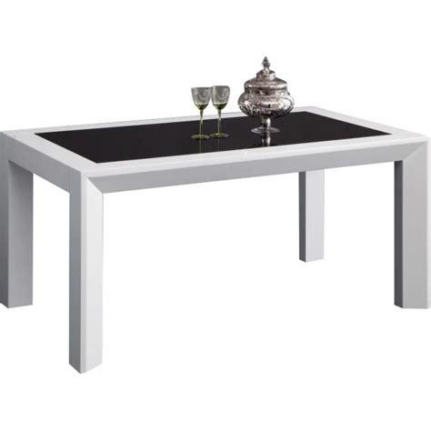 table salle a manger noir table a manger noir laque maison design wiblia