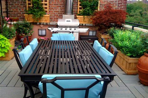 Garden Manhattan by Manhattan Terrace Design Roof Garden Planter Boxes Outdoor Seating Dining T Traditional