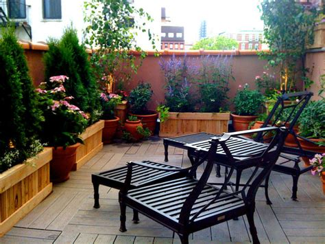 east nyc terrace design roof garden planter