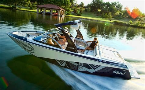 wake boat makes 2012 tig 233 z1 tests news photos videos and wallpapers