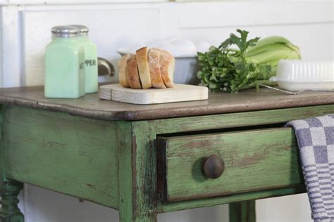 chalk paint sloan the vintage bricoleur sloan chalk paint 174 inspired table