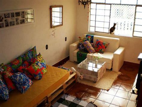 Bunte Wohnzimmermöbel by M 246 Bel Aus Holz Paletten 46 Einzigartige Tipps F 252 R Sie