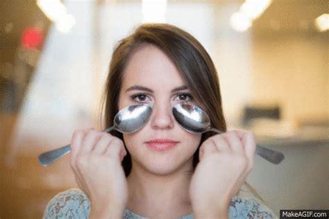 tutorial eyeliner cucchiaio 13 consigli per ottenere un make up perfetto usando un