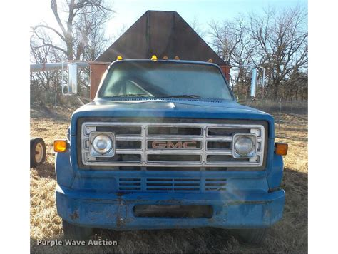 pa farm truck gmc farm trucks grain trucks for sale used trucks on