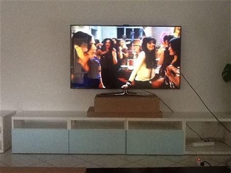 à Quelle Hauteur Fixer Une Tv Au Mur by Hauteur D Un 233 Cran 55 Quot Au Mur